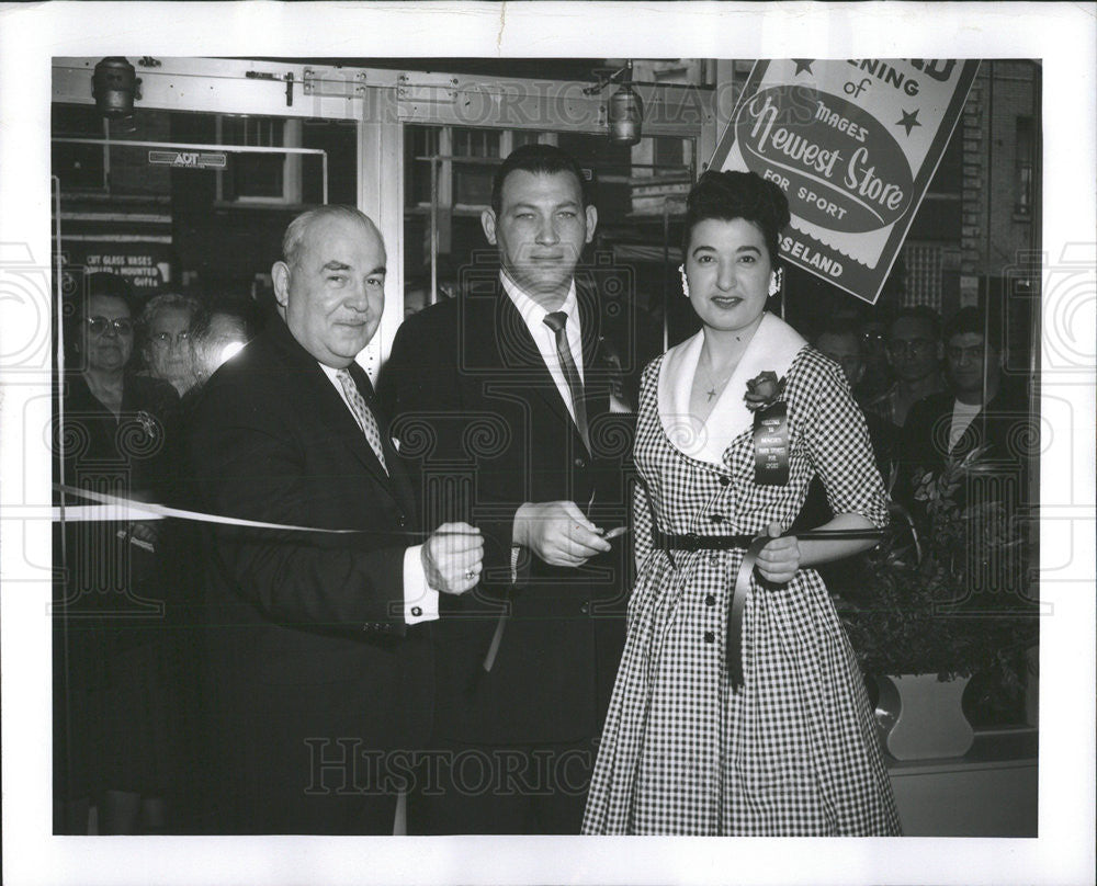 1959 Press Photo Joseph Cooke,Helen Dremon,Sam Mages at opening of new store - Historic Images