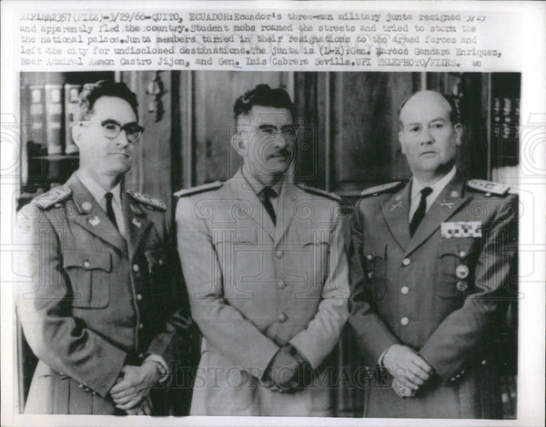 1966 Press Photo Ecuador Military Junta - Historic Images