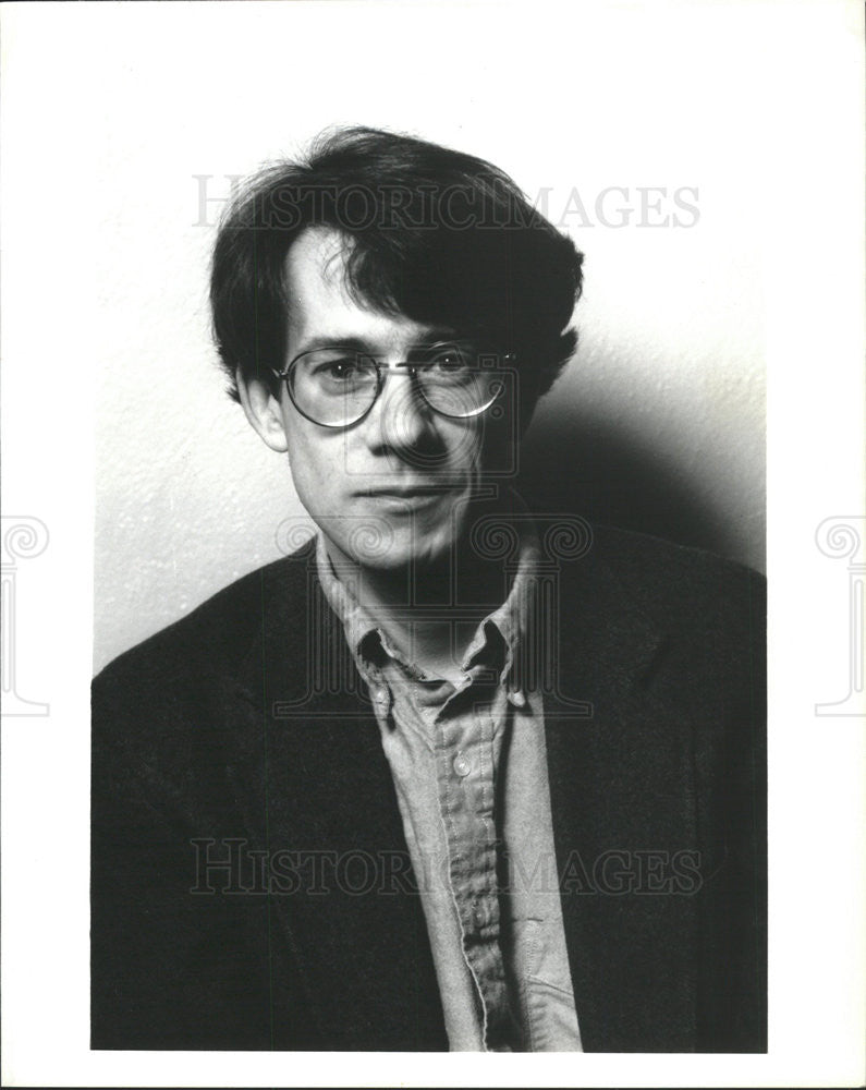 1993 Press Photo Playwright Keith Reddin Wrote Adaptation Bulgakov's Black Snow - Historic Images