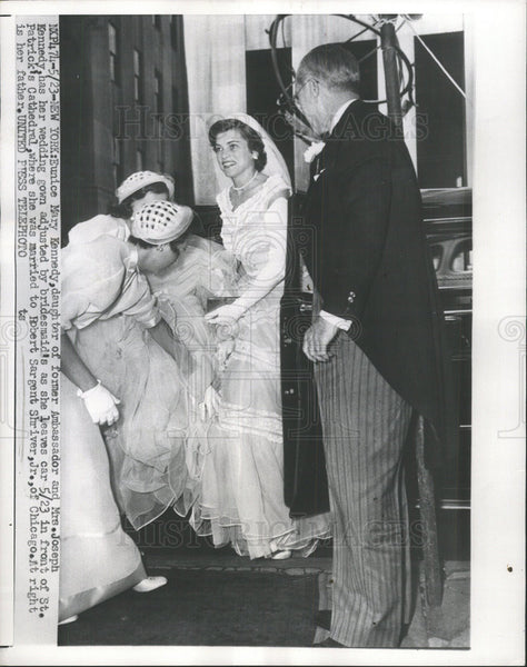 1913 Press Photo Eunice Mary Kennedy marries Robert Sargent Shriver Jr - Historic Images