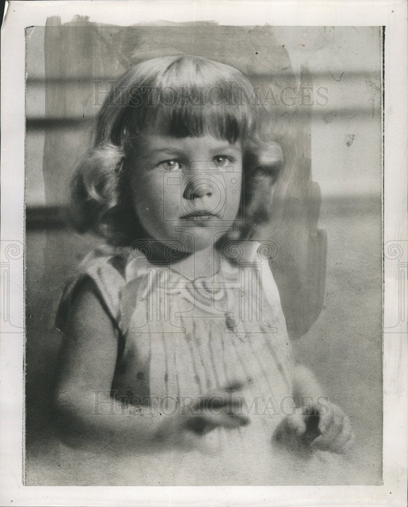 1951 Press Photo Muriel Lawrence as a child - Historic Images