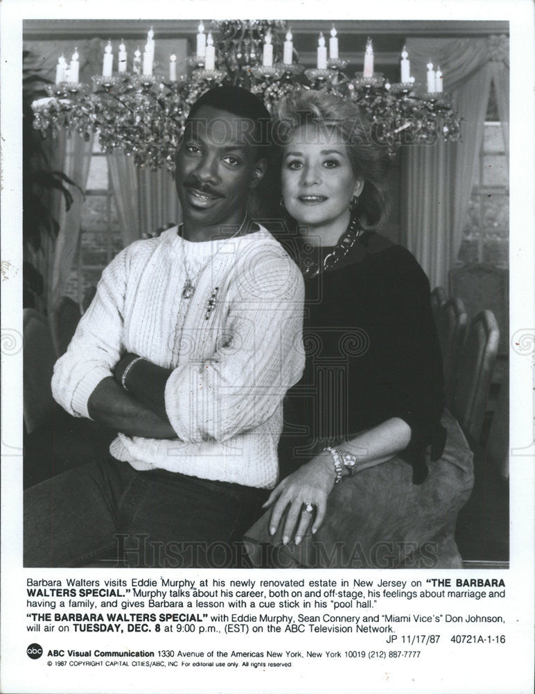 1987 Press Photo Journalist Barbara Walters Visits Comedian/Actor Eddie Murphy - Historic Images