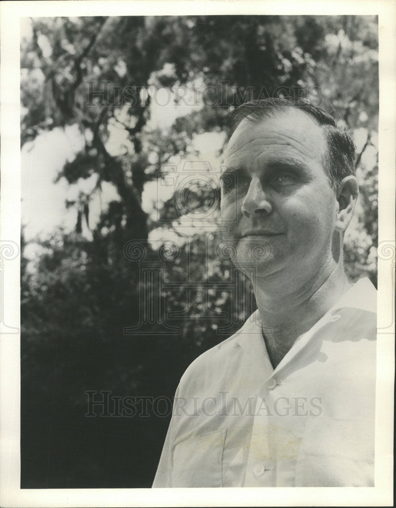 1960 Press Photo Thomas Sancton,author - Historic Images