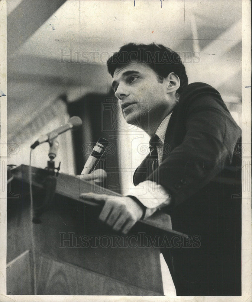 1973 Press Photo of Ralph Nader speaking about Watergate scandal - Historic Images