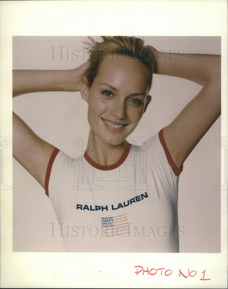 1996 Press Photo VH1 Breast Cancer Shirts by Ralph Lauren - Historic Images