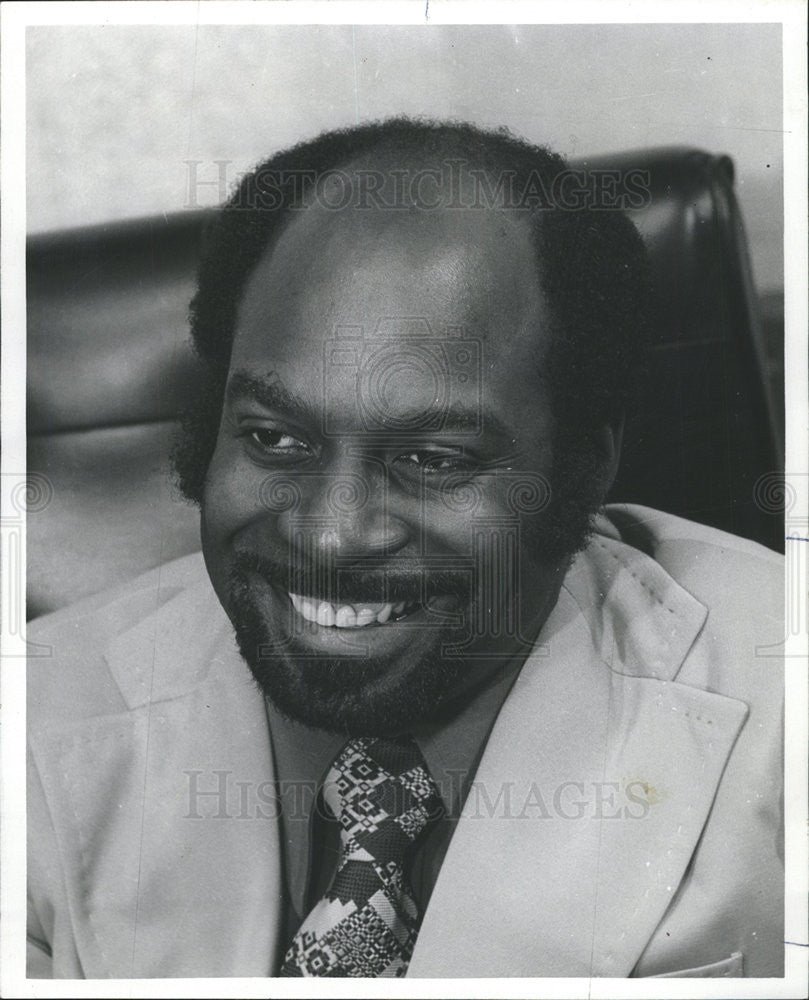 1975 Press Photo Adrian Robinson Jamaica Tourism Director - Historic Images