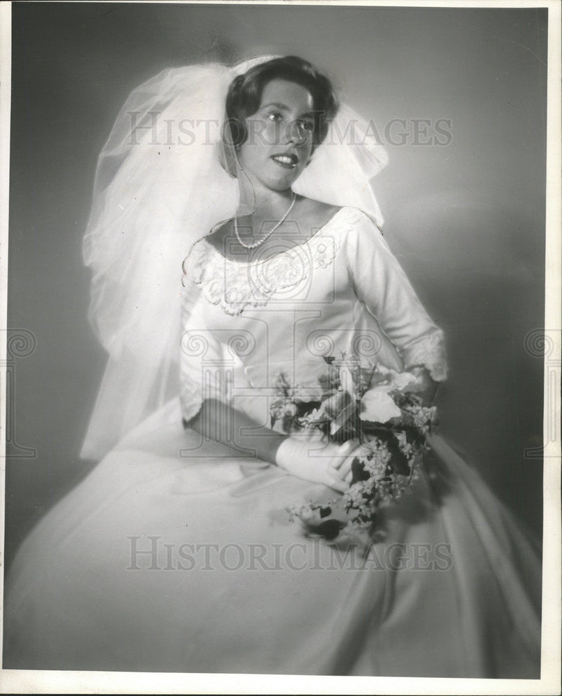1962 Press Photo Mrs James Mullins - Historic Images