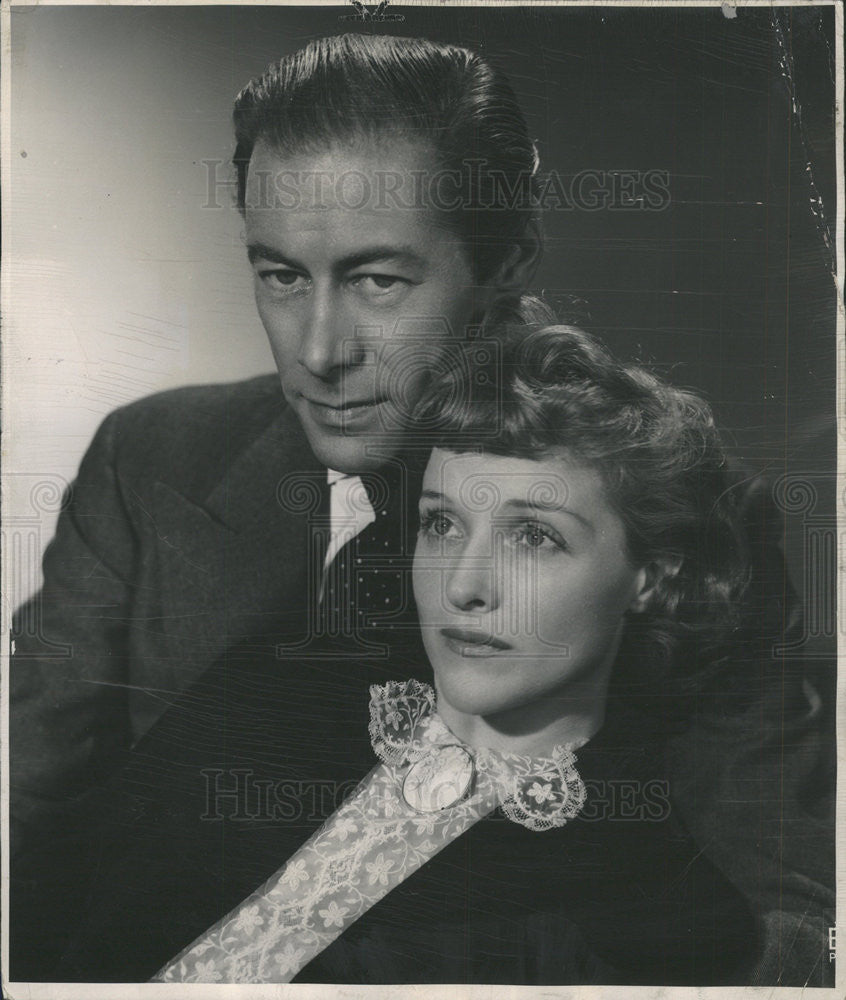 "1949 Press Photo Rex Harrison And Joyce Redman ""Anne Of The Thousand Days"" - Historic Images"