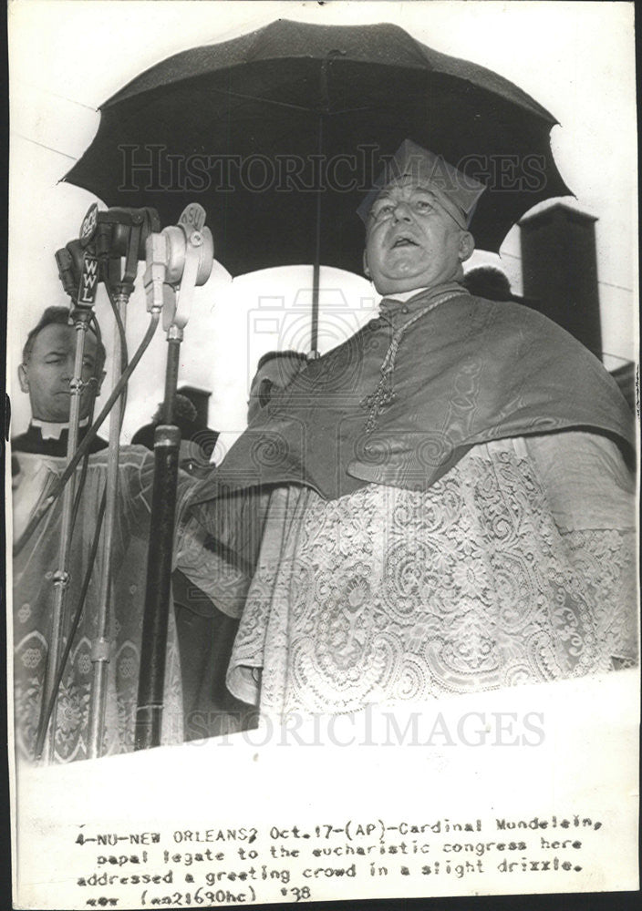 1938 Press Photo Cardinal Mundelein Papal Legate Eucharistic Congress - Historic Images