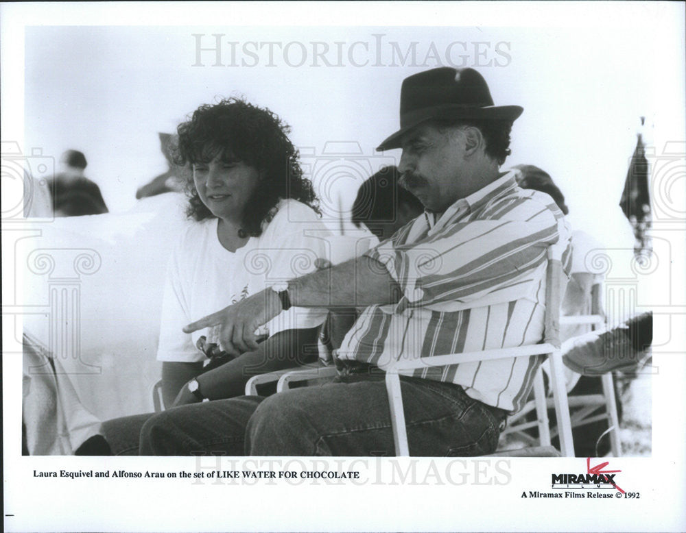 1992 Press Photo Laura Esquivel Mexican Author Film Screenwriter - Historic Images