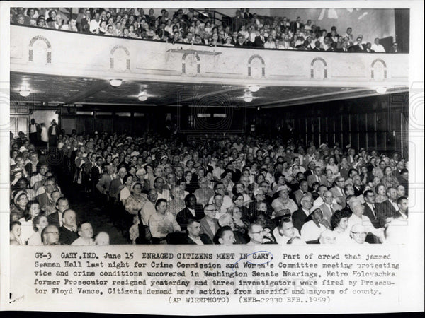 1959 Press Photo Enraged Citizens Meet in Gary, Indiana to Protest Crime - Historic Images