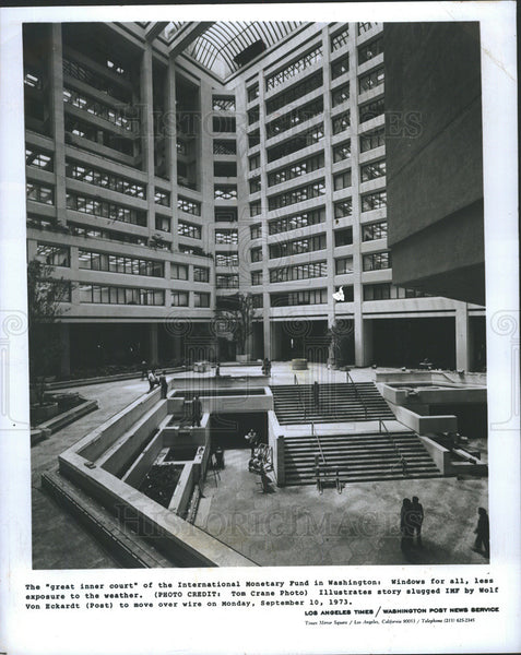 1973 Press Photo inner court IMF building Washington D.C. - Historic Images