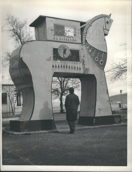 1965 Press Photo Copy of Trojan Horse in Canakkle,Turkey park - Historic Images