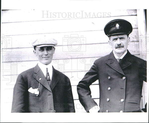 1912 Press Photo William E Scripps With Captain Thomas Day - Historic Images