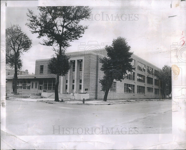 1952 Press Photo St. Mary's Catholic Church. - Historic Images