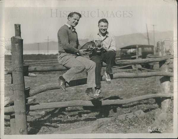 1925 Press Photo William Russell Actor Tom Moore Set On Thin Ice Movie Film - Historic Images