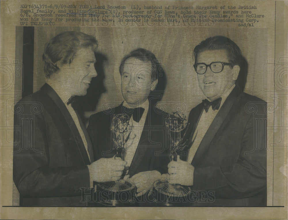 1969 Press Photo Emmy Award Winners Lord Snowdon William McClure - Historic Images