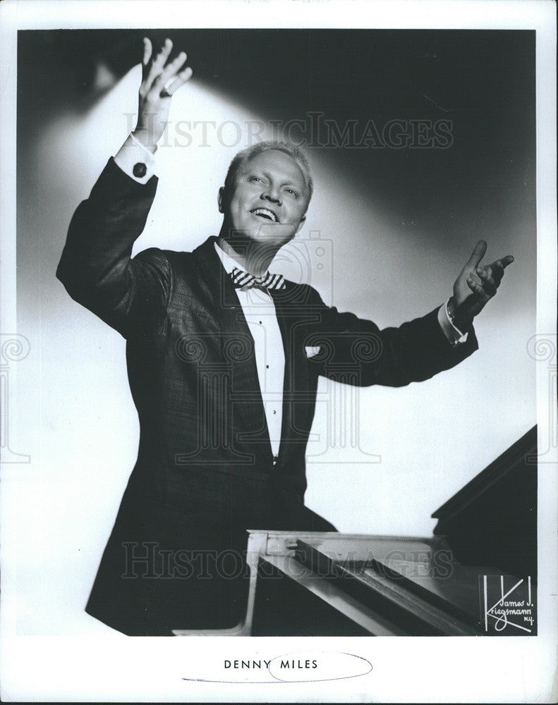 1970 Press Photo Piano stylist Denny Miles - Historic Images