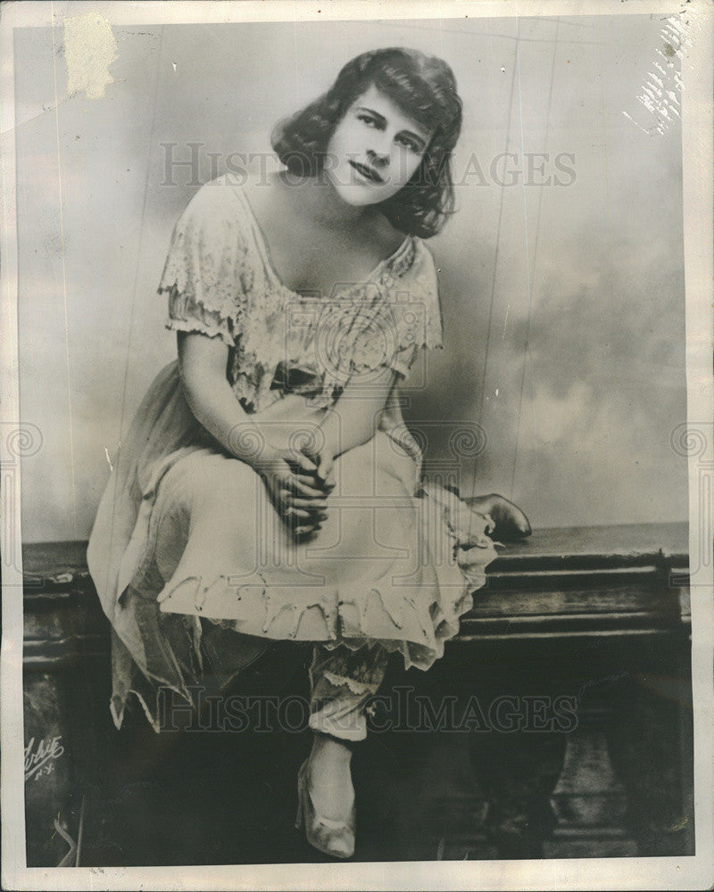 Ruth Gordon Ruth Gordon new picture