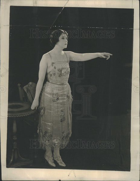 "1922 Press Photo Stage Actress Clara Kimball Young in ""Charge It"" - Historic Images"