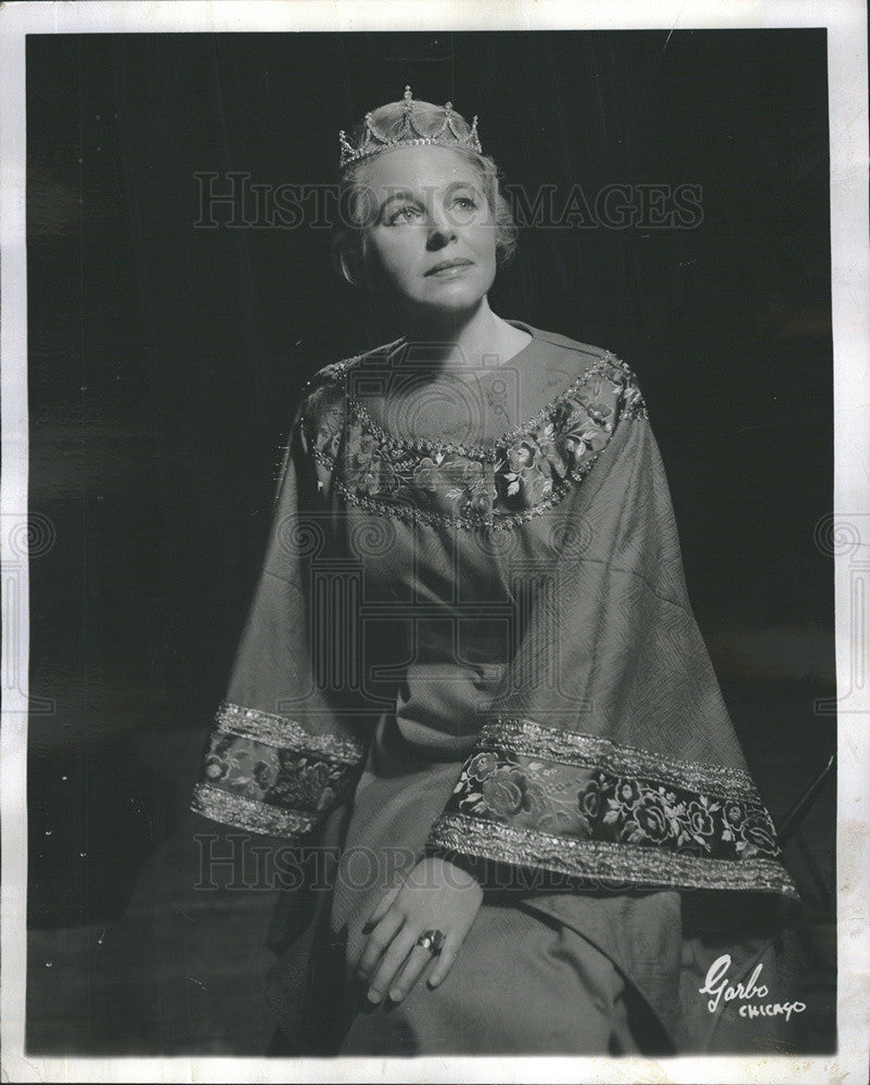 "1968 Press Photo of actress Beverly Younger in the play, ""Enrico"" - Historic Images"