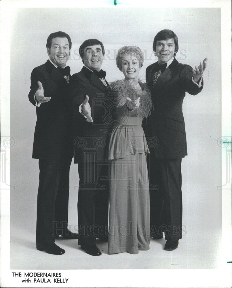 1974 Press Photo of musical group The Modernaires with Paula Kelly - Historic Images