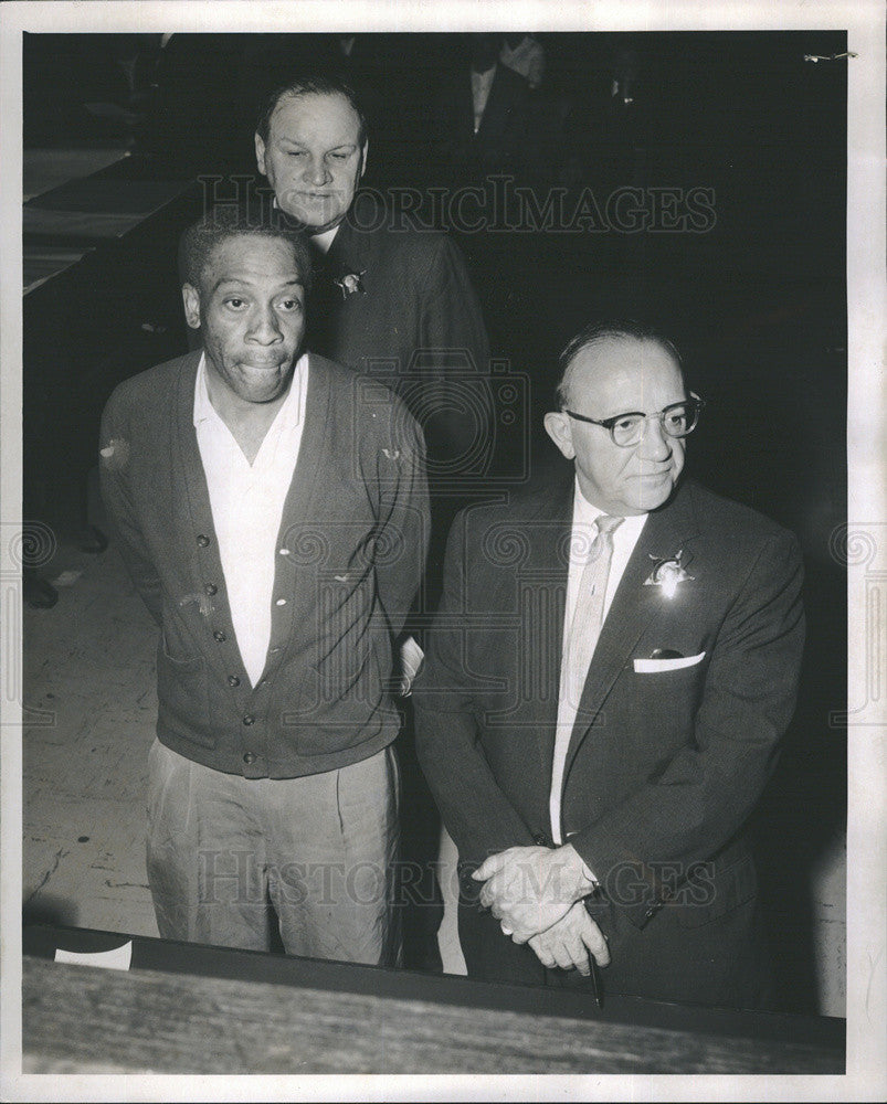1961 Press Photo Chicago Murder Suspect John Ross Criminal Court Appearance - Historic Images