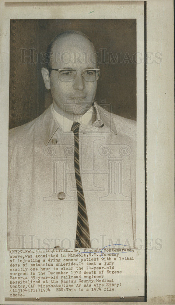 1974 Press Photo Dr. Vincent Montemarano is acquitted in murder trial - Historic Images