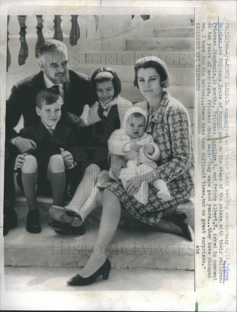 1966 Press Photo Prince Rainier, Princess Grace and their three children - Historic Images