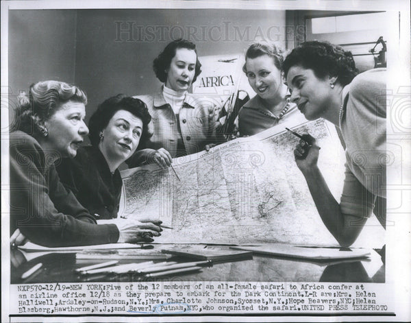 1959 Press Photo Five members of female safari group at airline office. - Historic Images