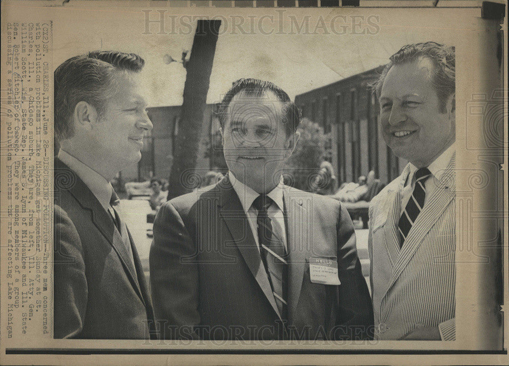 Press Photo Ill. Atty. Gen. William Scott, James S. Lynn, and R. Mitchler - Historic Images