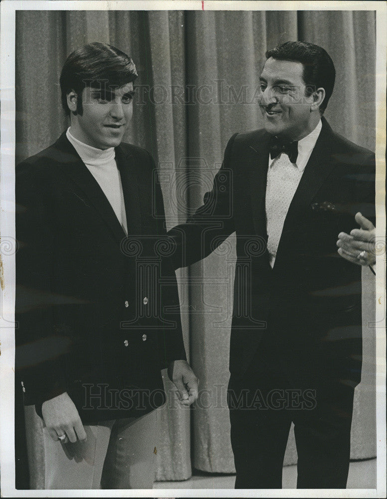 "Press Photo Danny Thomas & Son Tony on ""The Danny Thomas Hour"" - Historic Images"