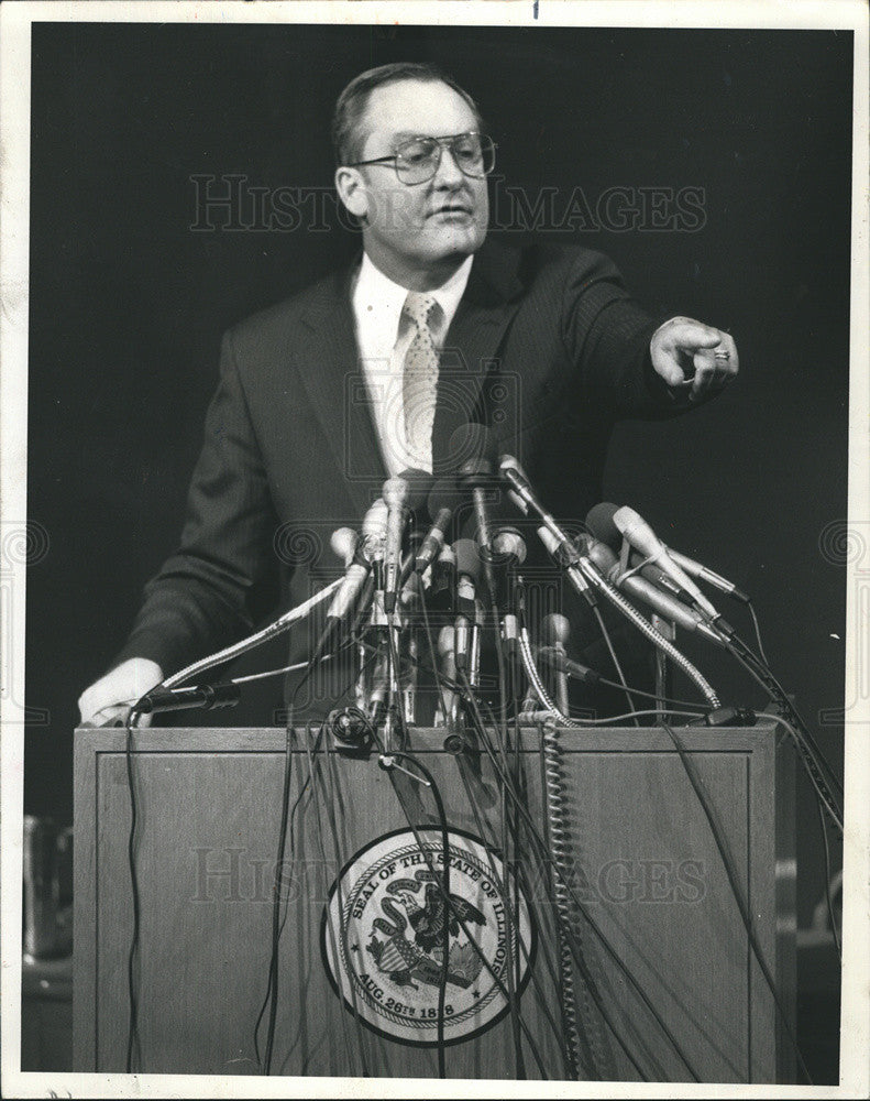 1987 Press Photo Governor Thompson - Historic Images