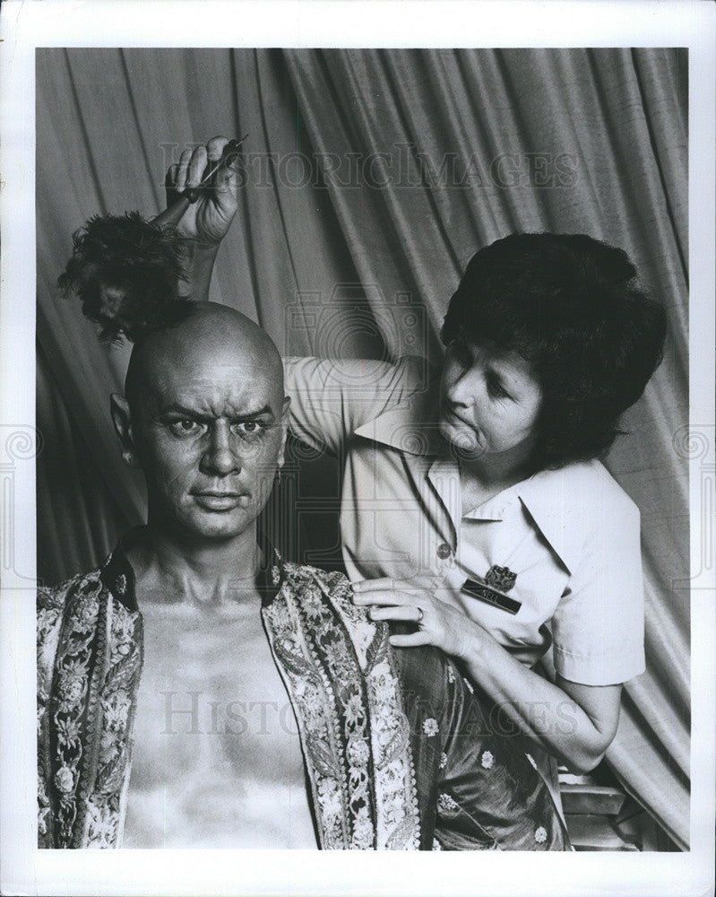 "Press Photo of ""Head Housekeeper""of  Wax Museum in Orlando. - Historic Images"