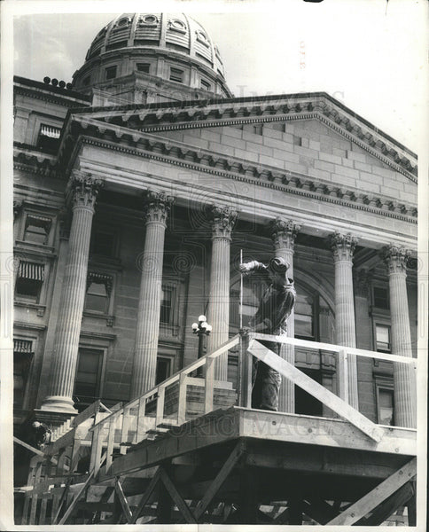 1956 Press Photo Topeka Kansas Working to Restore Capital Building - Historic Images