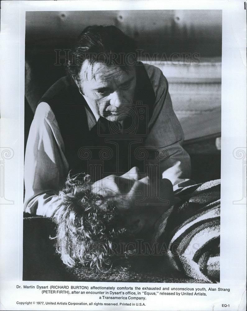 "1977 Press Photo Richard Burton in ""Equus"" - Historic Images"