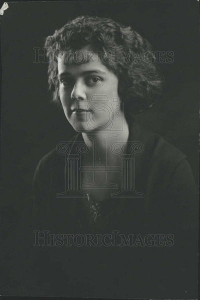 1921 Press Photo Cornelia Samhliner - Historic Images