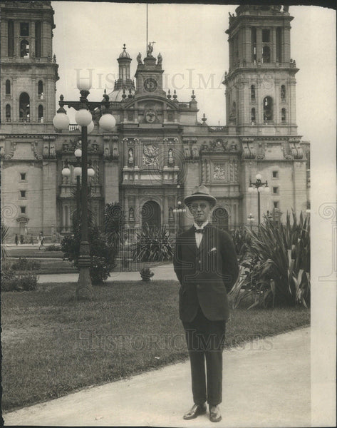 1921 Press Photo Chicago Daily News correspondent Harry Nichols in Mexico - Historic Images