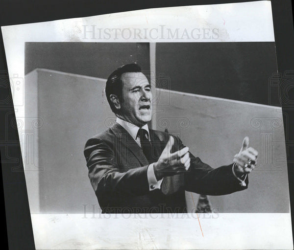 1974 Press Photo Oral Robert is suing  the American Bar Association to force the - Historic Images