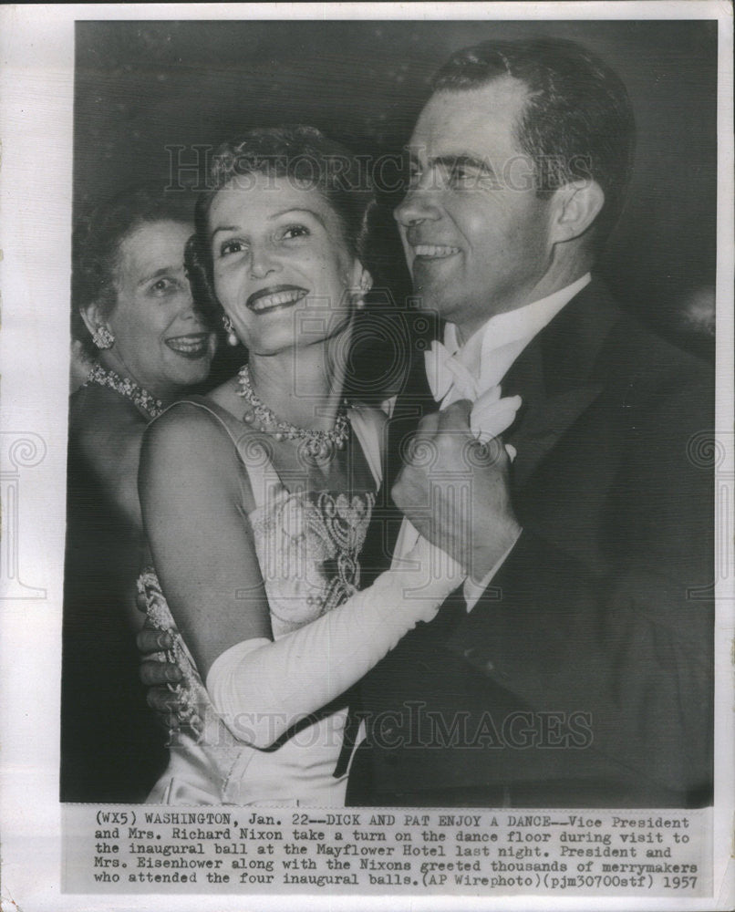 1957 Press Photo VP and Mrs Richard Nixon - Historic Images