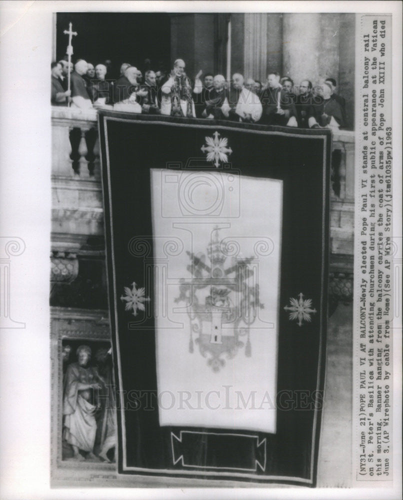 1963 Press Photo Pope Paul VI St. Peter's Basilica Vatican City John XXIII Coat - Historic Images