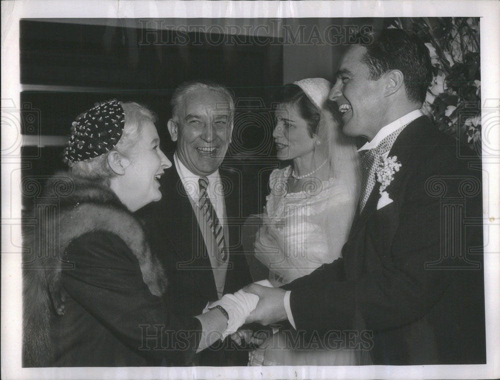 1953 Press Photo Robert Sargent Jr Shriver wedding reception w/ wife - Historic Images