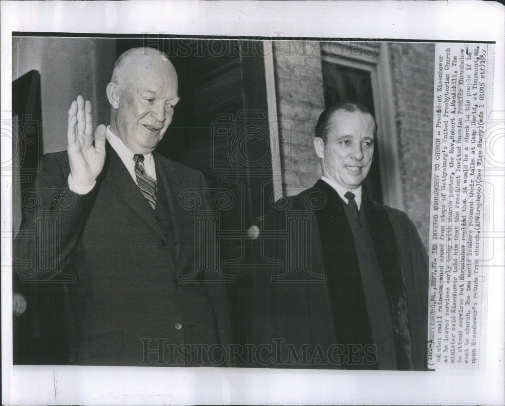 1959 Press Photo President Eisenhower & Rev. Robert A. MacAskill Leaving Church - Historic Images
