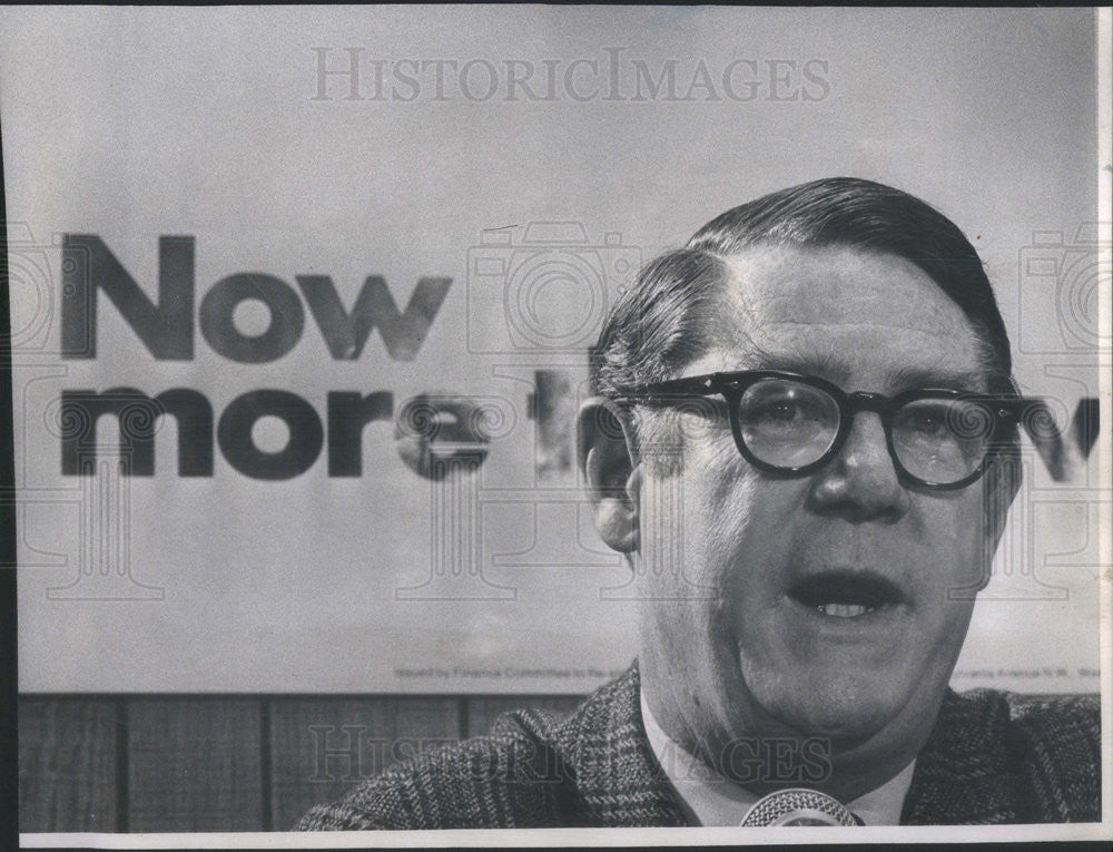 1972 Press Photo Campaign Manager for President Nixon, Clark MacGregor - Historic Images