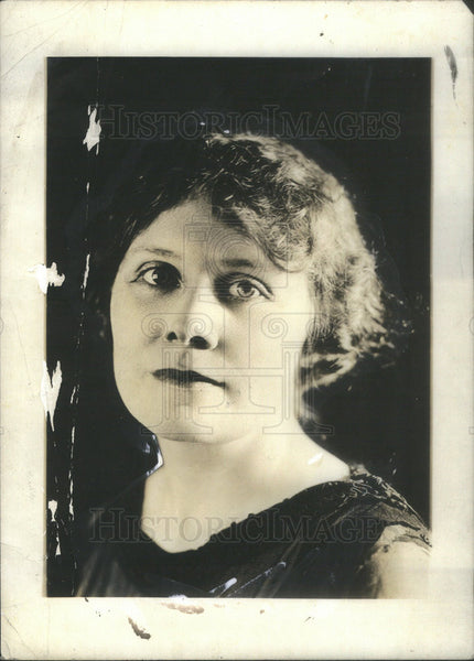1921 Press Photo Florence Macbeth Prima Donna Coloratura Chicago Opera Singer - Historic Images