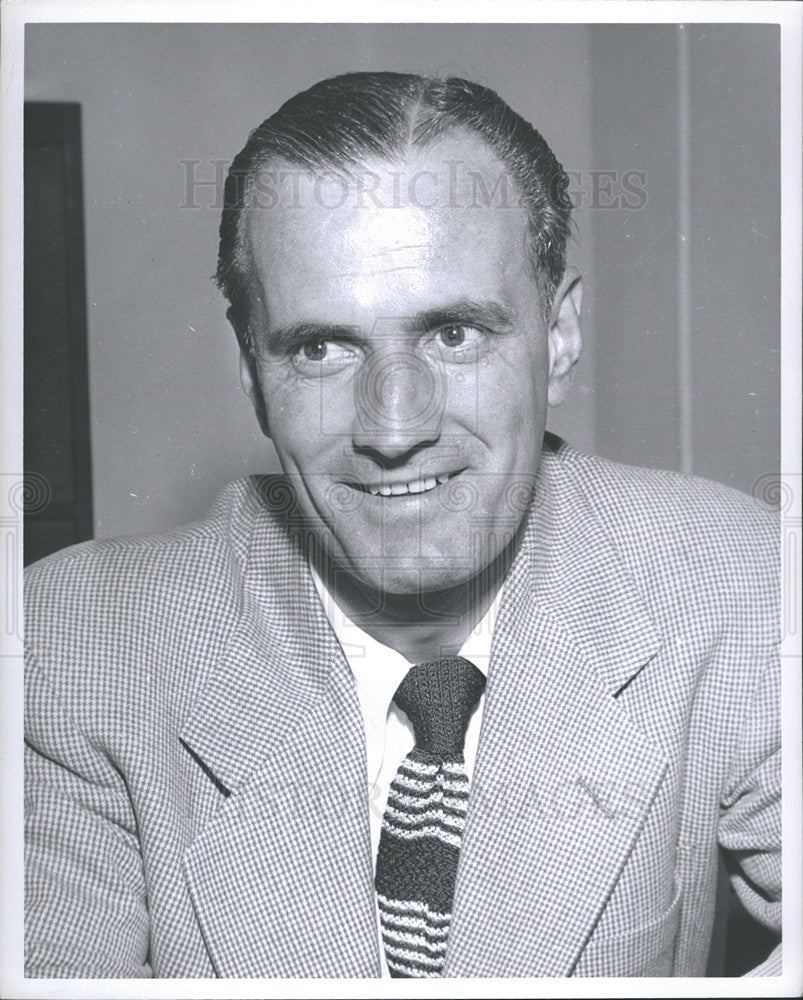 1953 Press Photo Tommy Ivan  was a NHL head coach for the Chicago Black Hawks - Historic Images