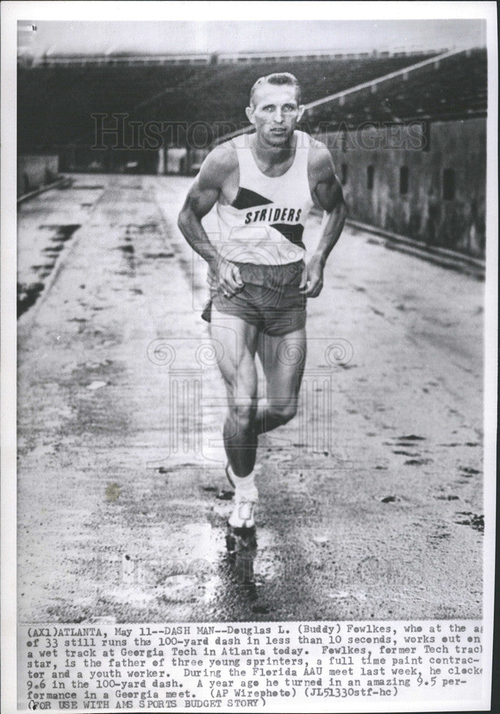 Press Photo Douglas L. Fewlkes 33 years old Runs 100-yard less than 10seconds - Historic Images