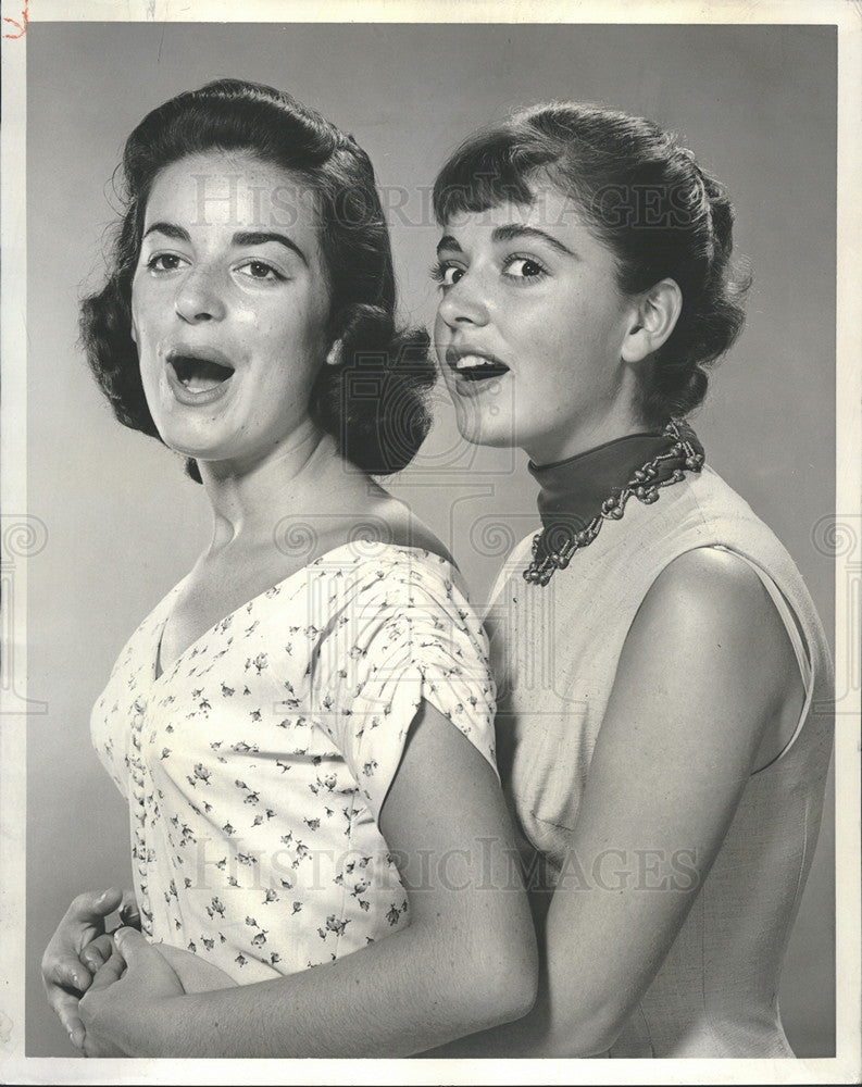 1955 Press Photo The Alberghetti Sister, Anna Marie and Carla - Historic Images