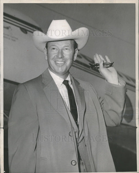 1989 Press Photo Rex Allen Flying to Springfield Illinois - Historic Images