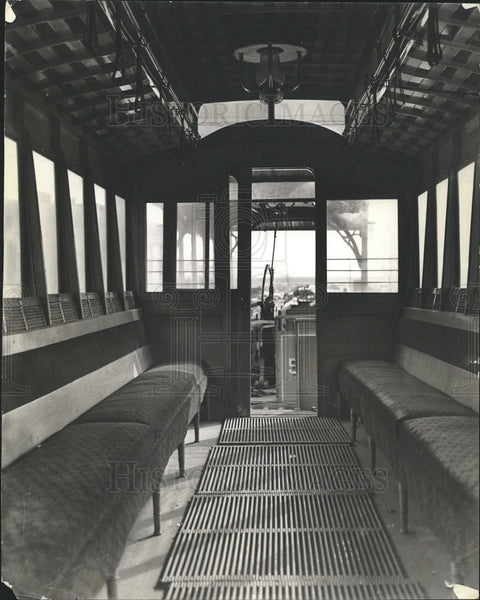 Undated Press Photo Interior of passenger 209 cablecar - Historic Images
